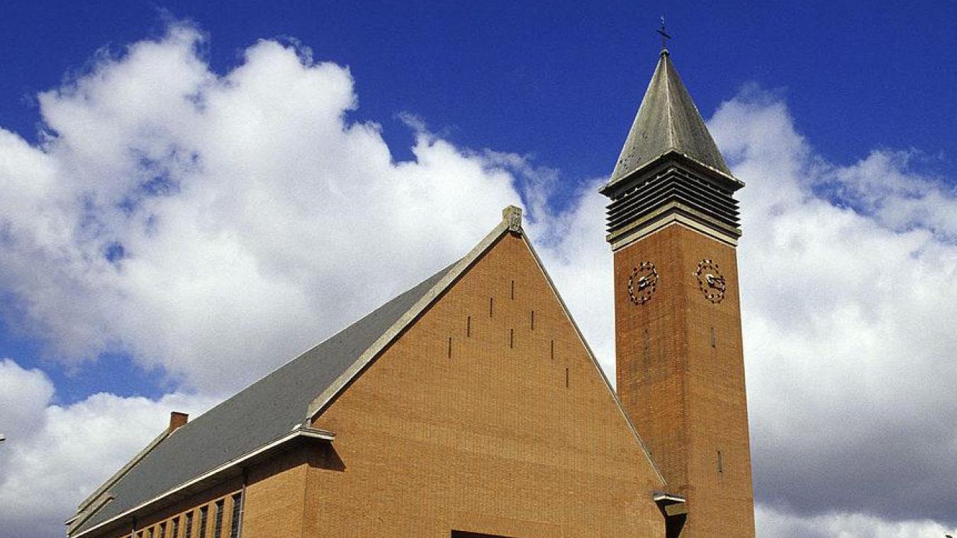 La messe du samedi soir organisée à l'église Notre-Dame a désormais lieu à 16 h 30.