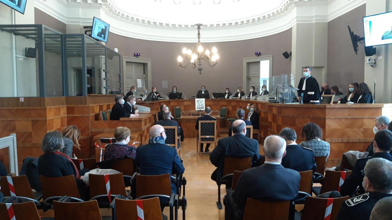 Le tribunal a fait sa rentrée devant le préfet, le sous-préfet, les maires d'Arques et de Longuenesse, les responsables de la police et de la gendarmerie.