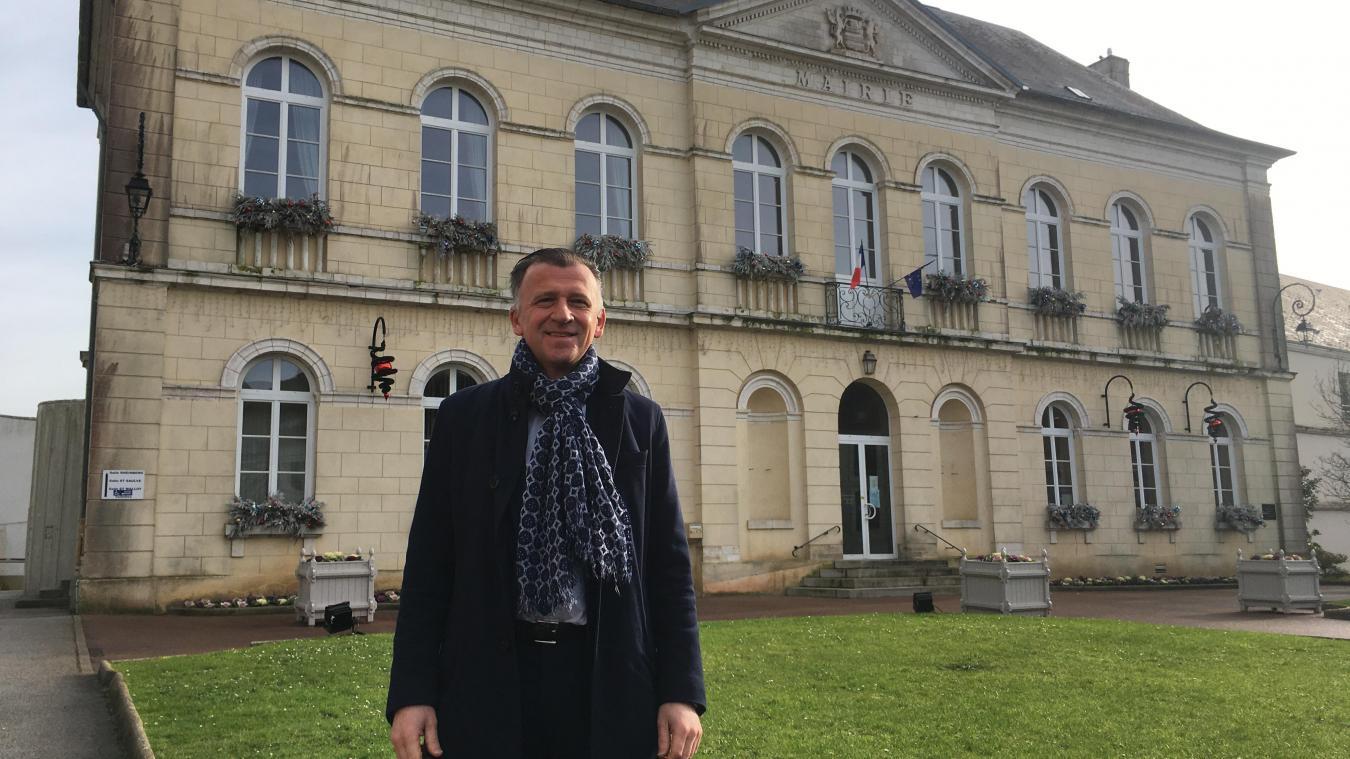 Pierre Ducrocq a succédé à Charles Barège en mars 2020 au poste de maire. La lutte contre la baisse des habitants fait partie d'une des priorités de la nouvelle équipe municipale.
