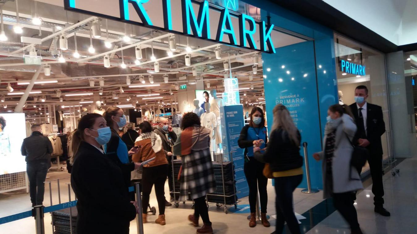 Primark a ouvert à Cité Europe et c'est plutôt calme pour le moment
