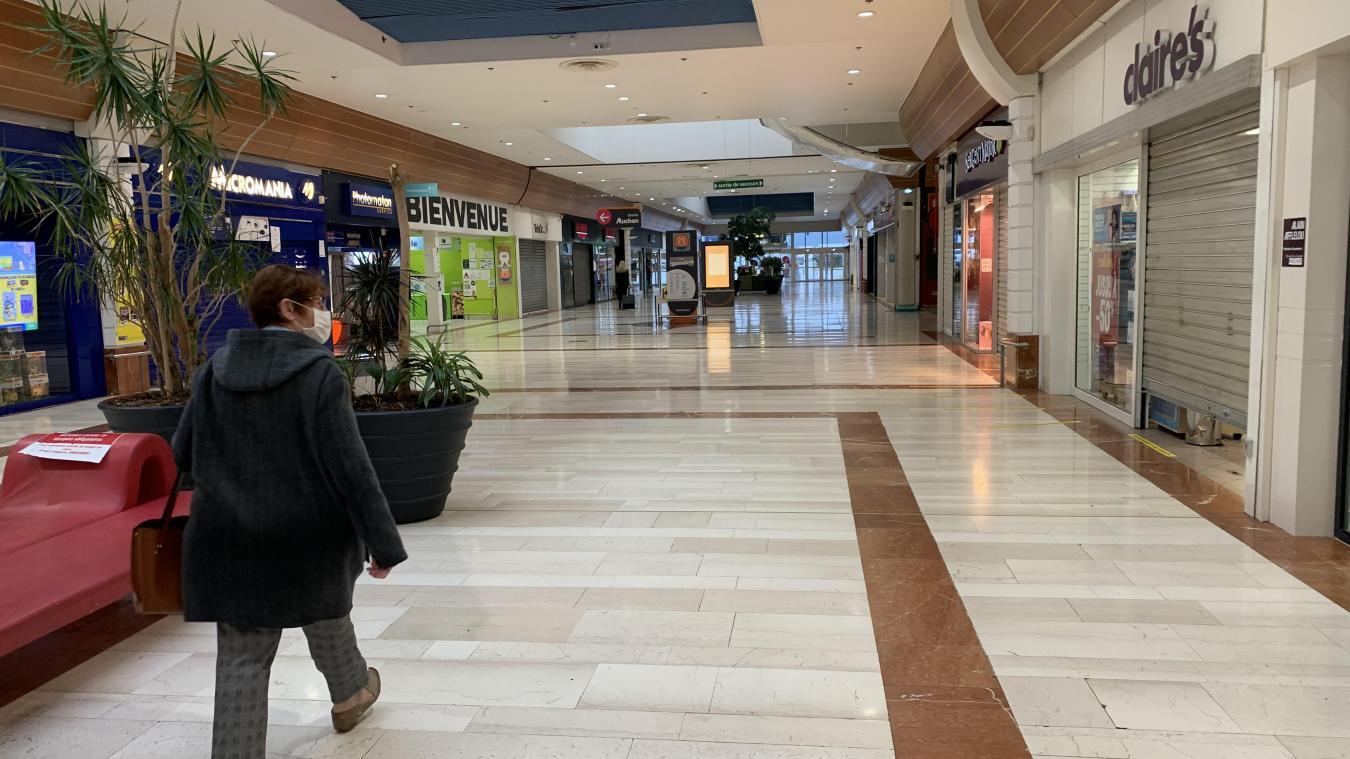 Les boutiques non alimentaires de la galerie marchande d'Auchan ont fermé leurs portes ce samedi soir.