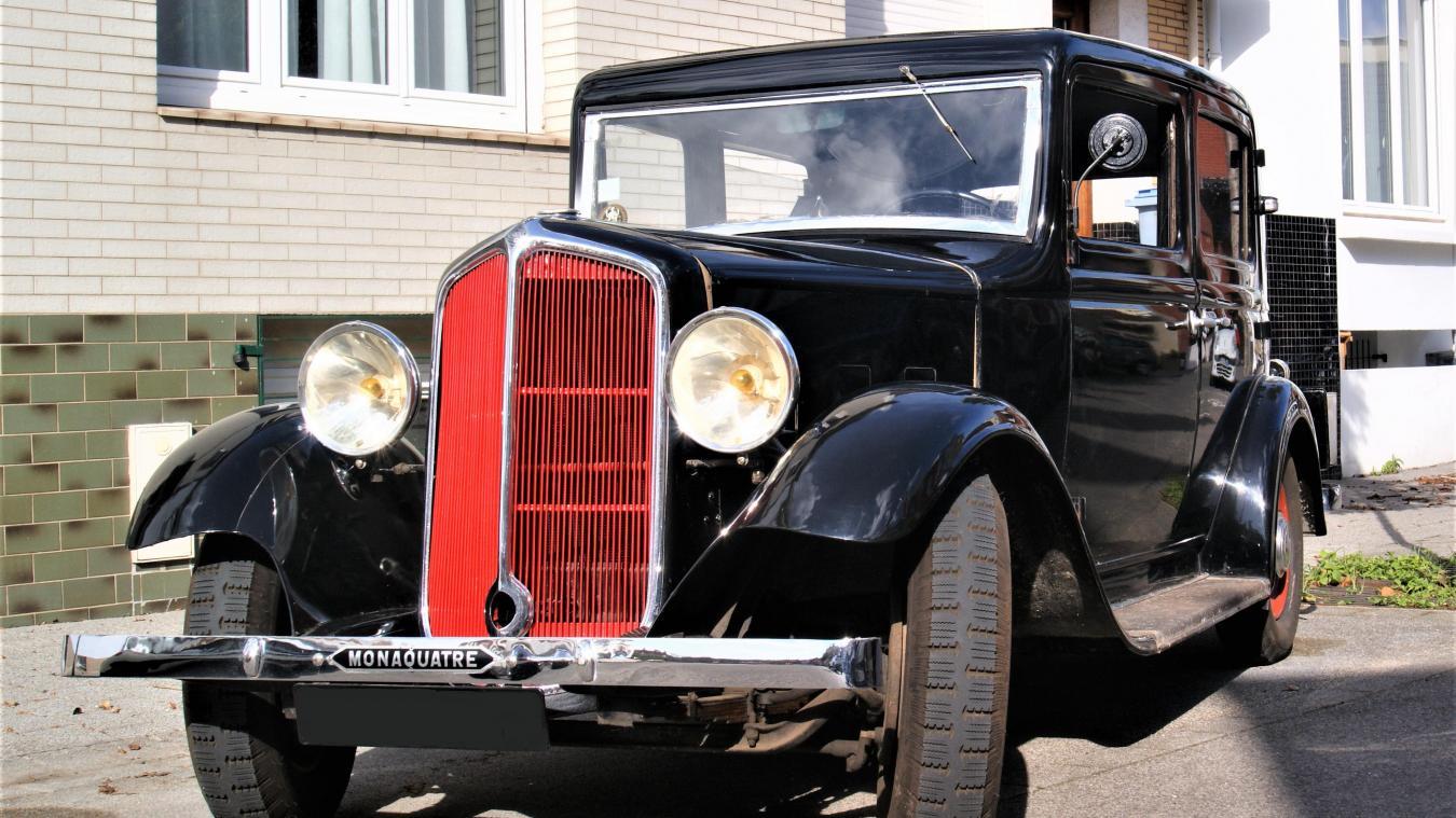 La Renault Torpédo a été tellement bien rénovée qu'elle a tourné dans les films  De Gaulle  et  La Petite femelle .