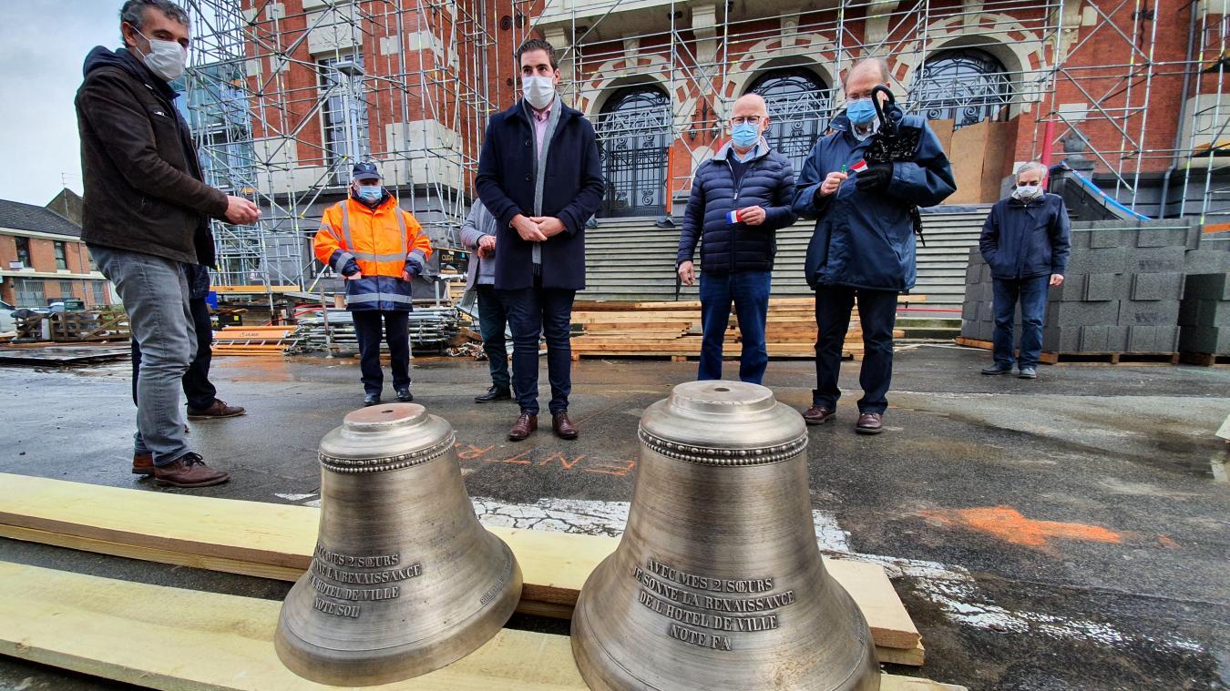 Ce mercredi 3 février, l'entreprise Paschal a livré les deux nouvelles cloches qui seront hissées dans le beffroi de l'hôtel de ville.
