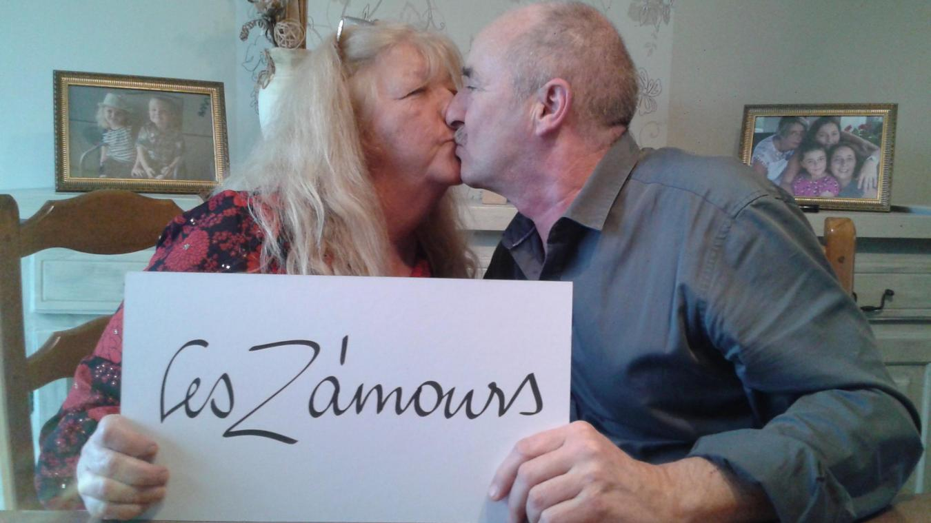 Béatrice et Éric Lavogiez ne se sont pas fait prier pour un petit bisou devant l'objectif du photographe.
