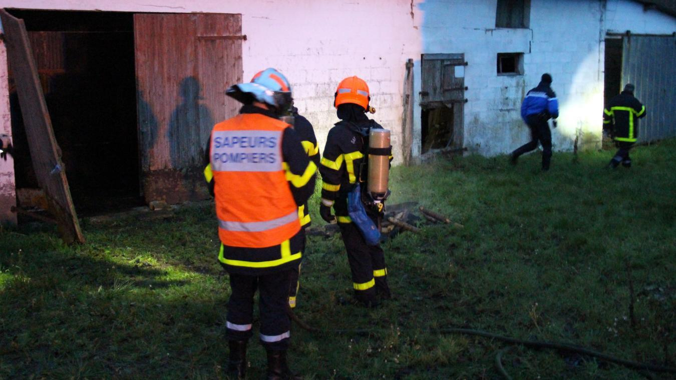 Le feu s'était déclaré le 9 décembre vers 16h30. Les pompiers et gendarmes de Desvres étaient sur place. La brigade territoriale a résolu l'affaire.