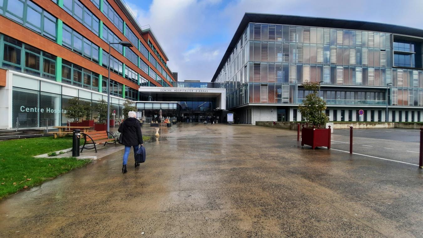Le centre hospitalier d'Arras se réorganise en permanence pour faire face à la pandémie de Covid-19.