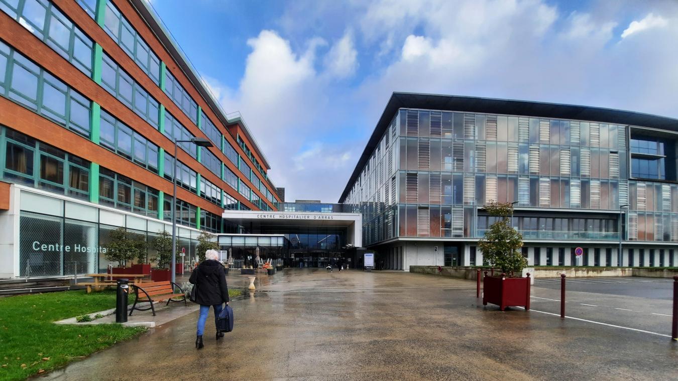 Le centre hospitalier d'Arras fait analyser quatre cas de variants anglais probables