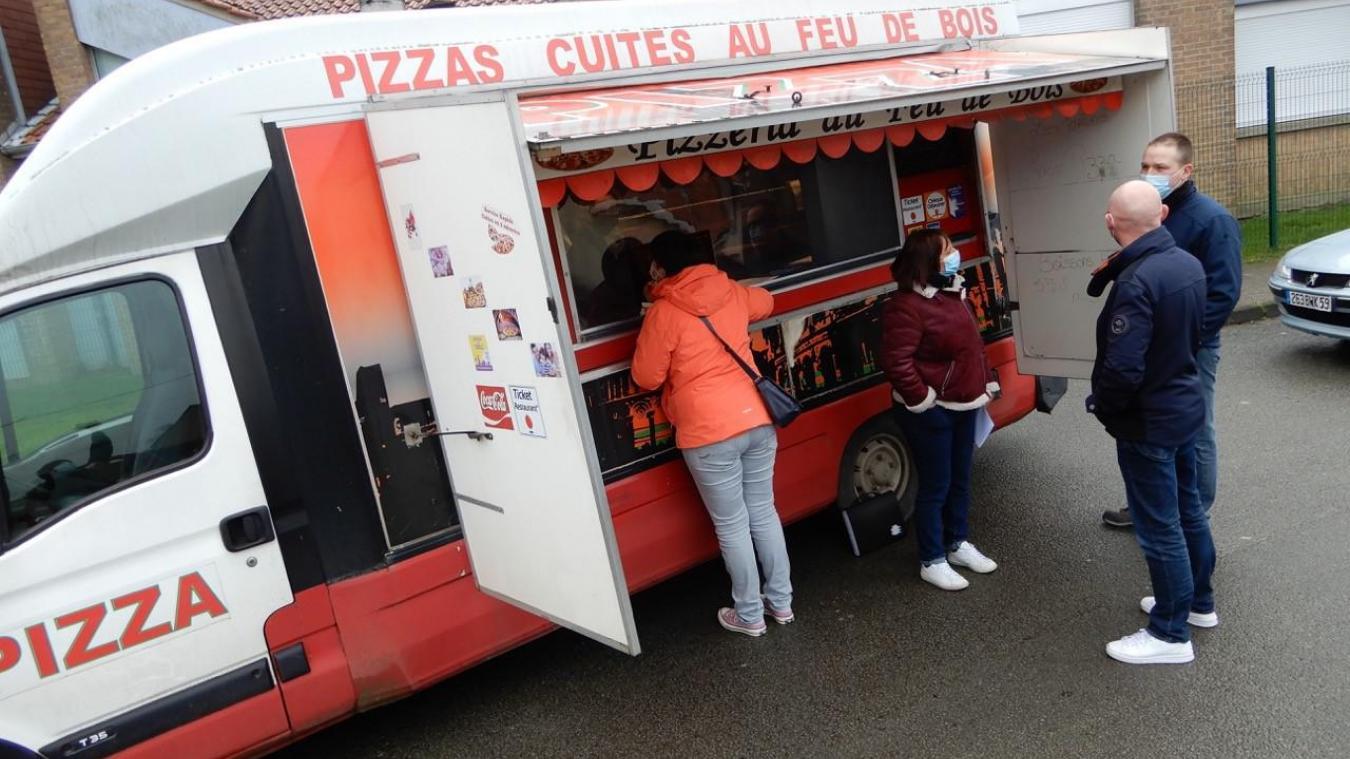 L'APE a réussi à obtenir la commande de 73 pizzas!