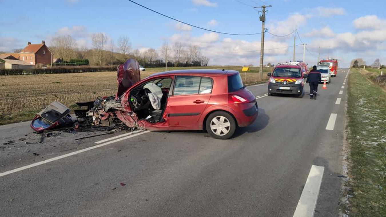 Violente, la collision n'aurait fait que trois blessés légers. Photo SDIS59