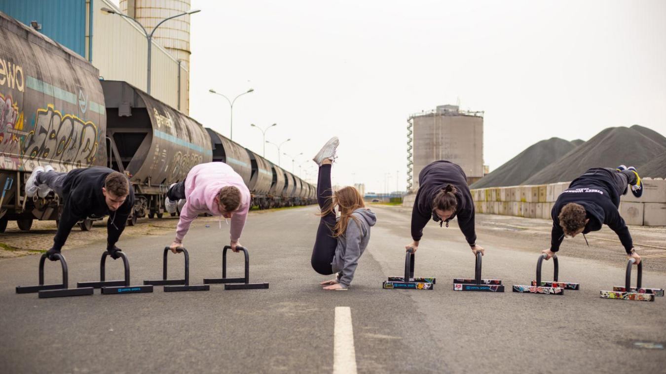 La marque de l'association de street workout Yonko est personnalisable.