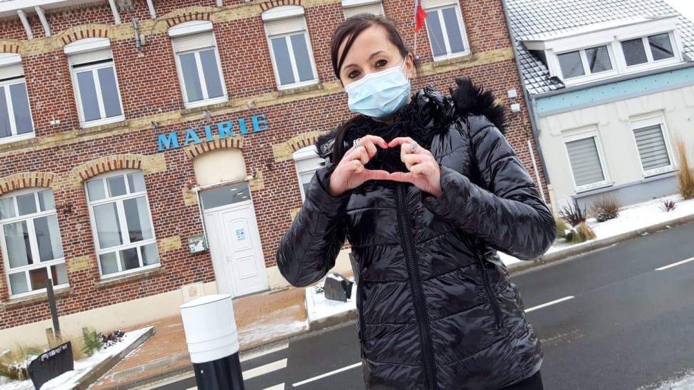 Alexandra Coudevylle veut redonner de la joie (et de l'amour) aux habitants.