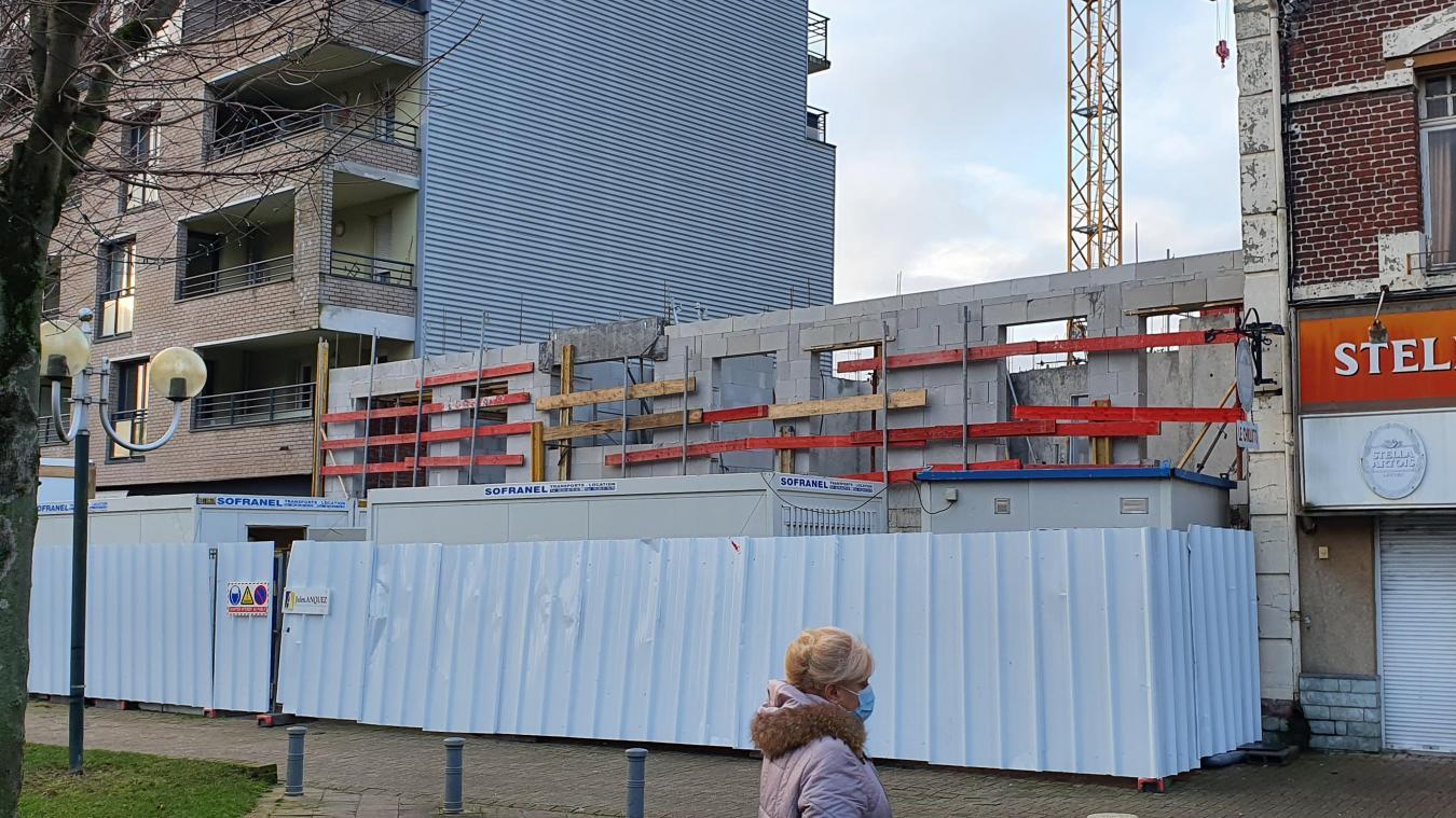 L'immeuble place Gambetta comportera un commerce au rez-de-chaussée.