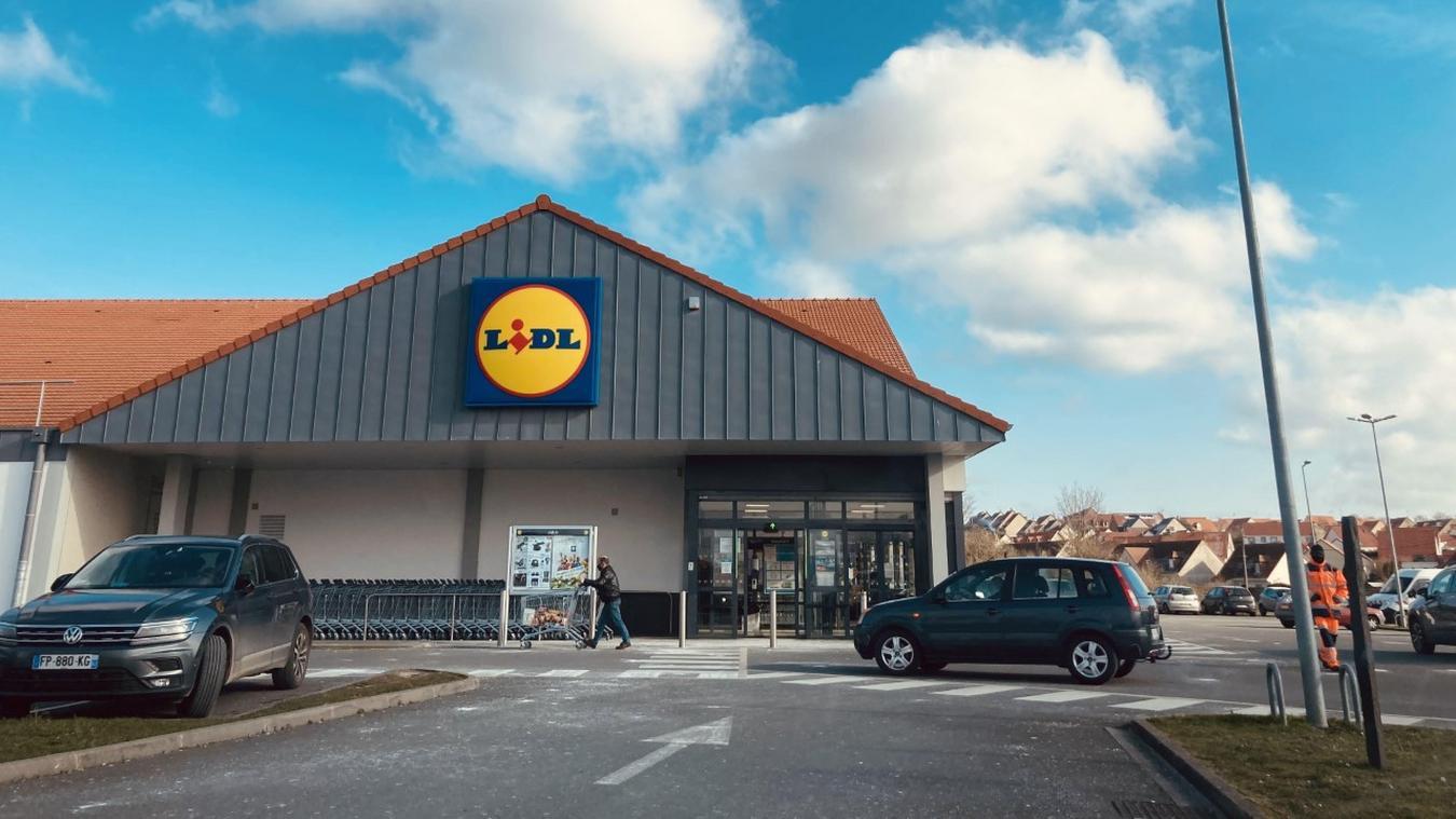 L'actuel supermarché Lidl, situé route de Boulogne, connaît une belle aaffluence quotidienne.