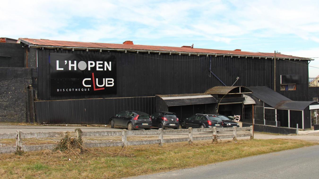 Le Téoria, discothèque emblématique du Boulonnais devenue ensuite l'Hopen Club, est à vendre.