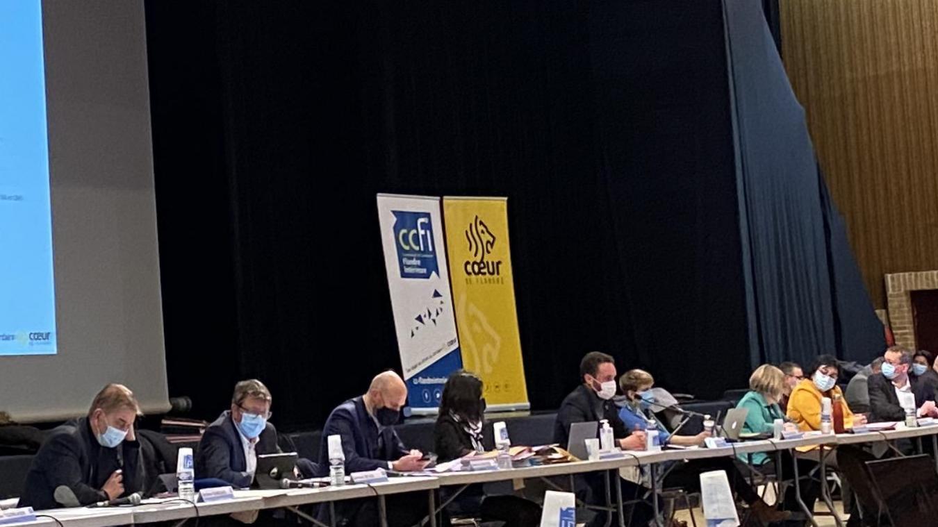 Valentin Belleval a ouvert le conseil communautaire de la CCFI du 16 février en exprimant ses craintes sur le rebond de l'épidémie de coronavirus.