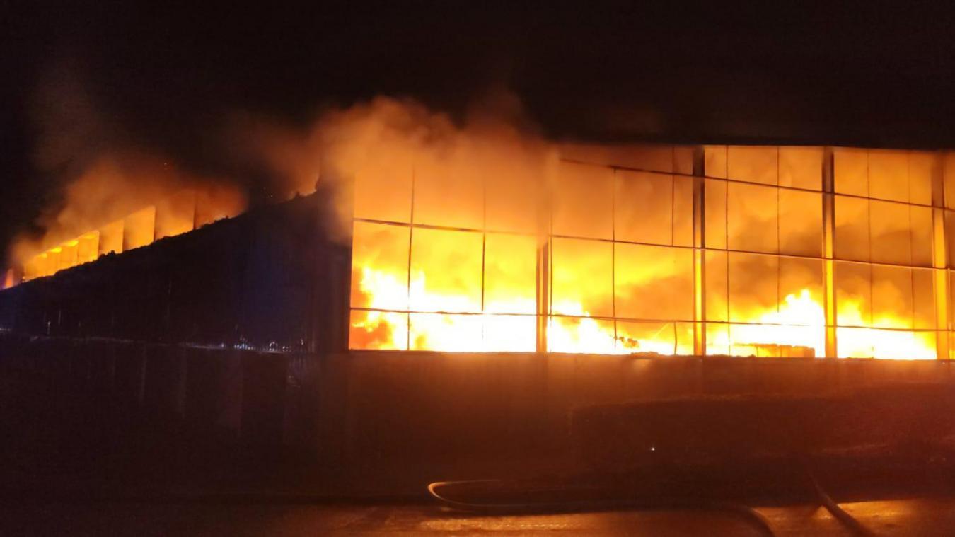 Un important incendie a touché l'entreprise Baudelet dans la nuit du 17 au 18 février.