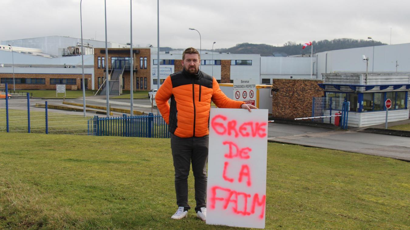 Franck Deschepper a entamé une grève de la faim sur le parking de l'usine.