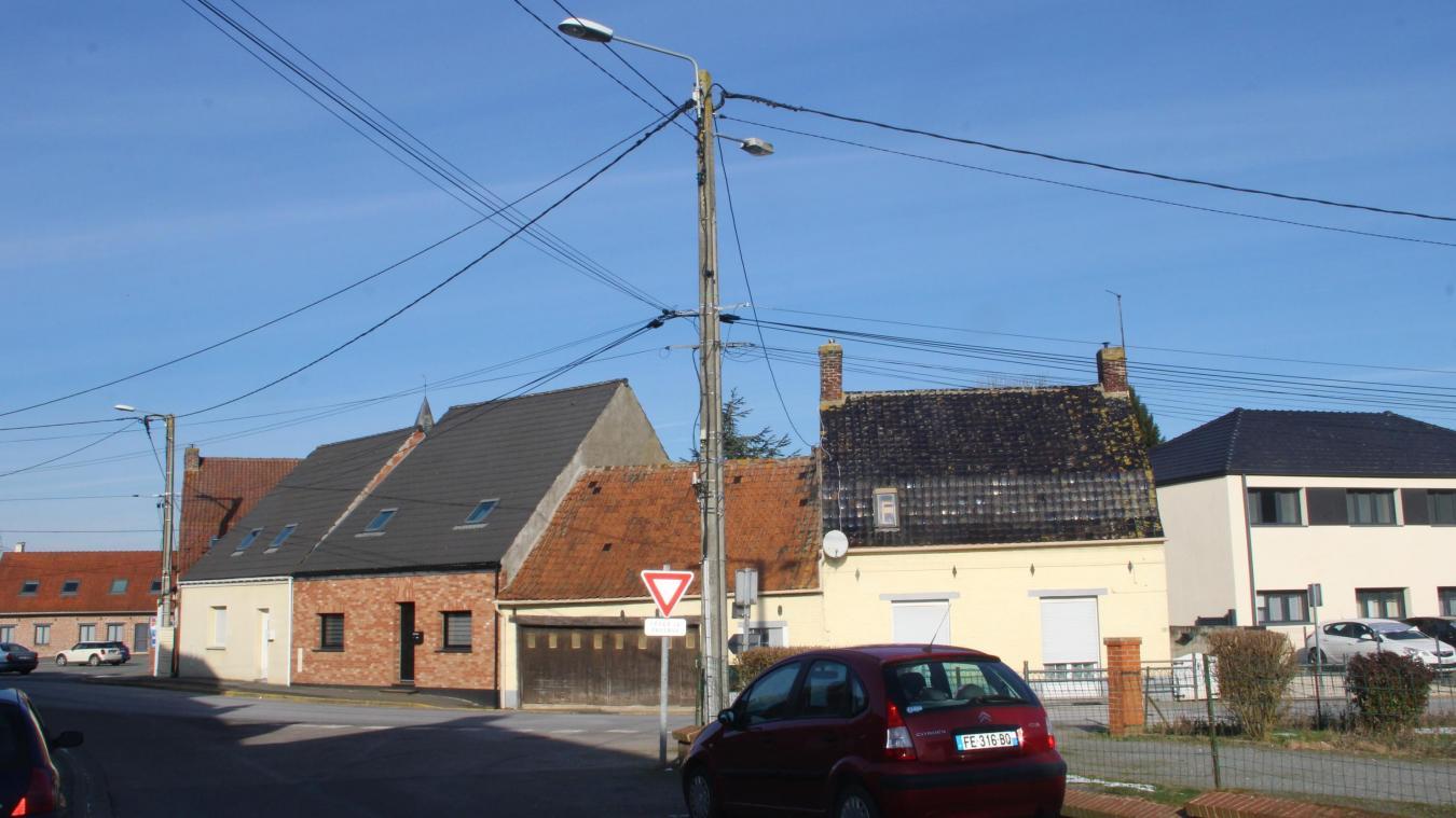 55 lampadaires ont été recensés dans le cœur du village, l'opration devrait couter aux alentours de 55 000 euros.