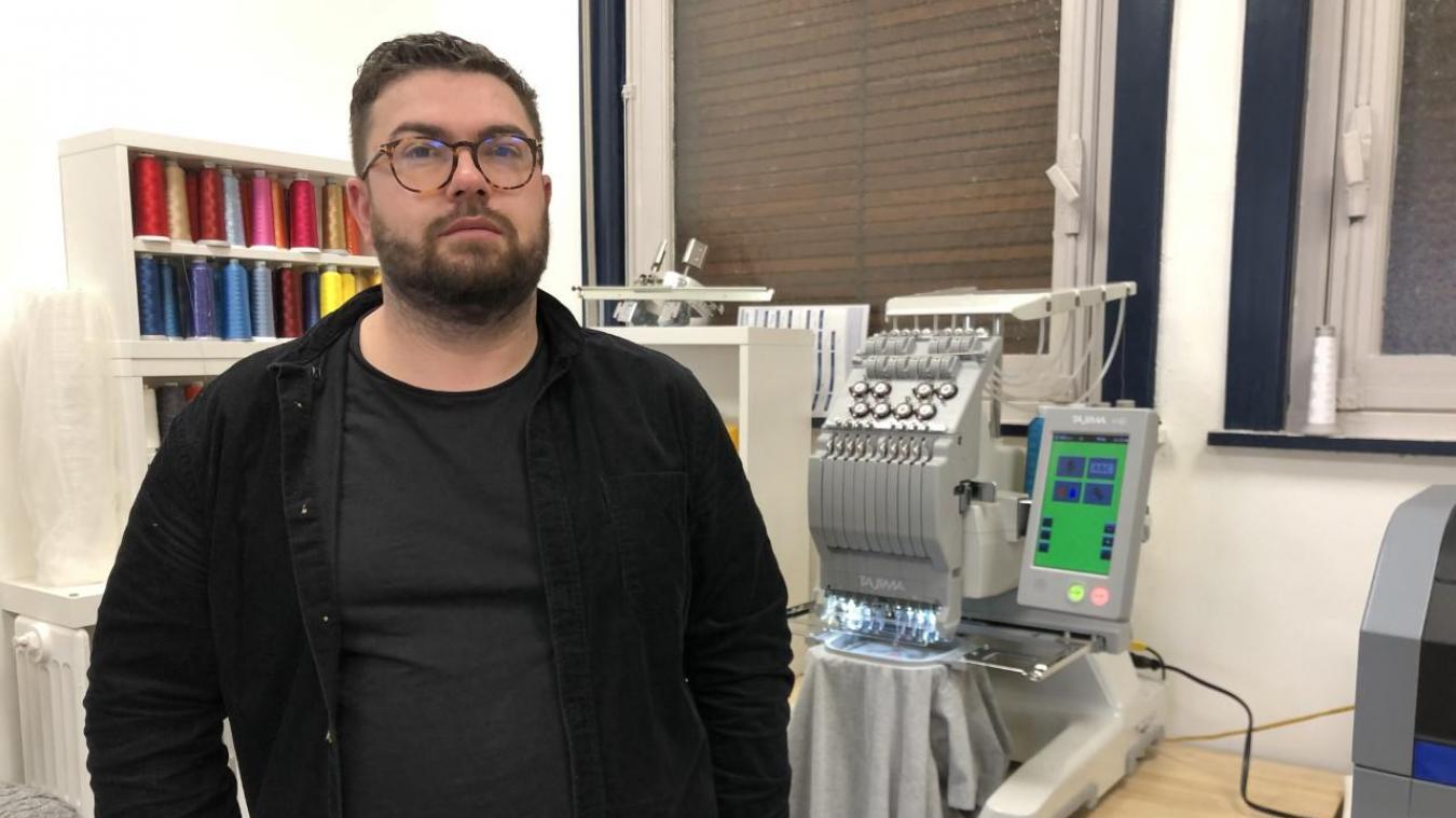 Dunkerque : Manuel envoie ses t-shirts directement à la maison