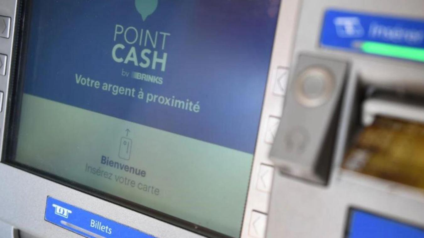Cinquante communes, dont Bruay-la-Buissière, issues de vingt-huit départements ont été retenues mardi 26 janvier par un comité composé d'élus locaux pour bénéficier de l'installation préférentielle d'un distributeur de billets Point Cash by Brink's.