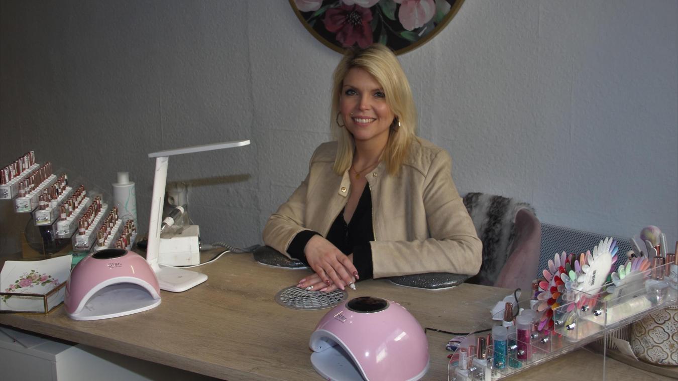 Julie Staimphin se propose de sublimer votre beauté dans son nouvel institut à Steenvoorde.
