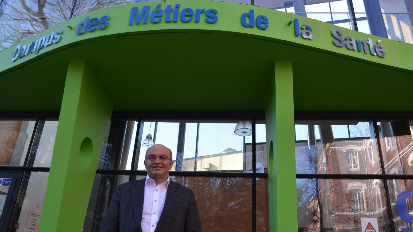 Le Campus des métiers de la santé, à Saint-Venant, dirigé par Jean Lefebvre, forme infirmières, aide-soignantes et bientôt auxilliaires de puériculture.