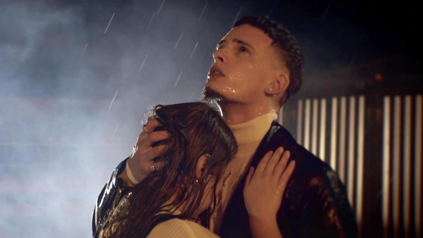 Image de son clip Flashback, en partie tournée dans sa ville d'origine, Gravelines.