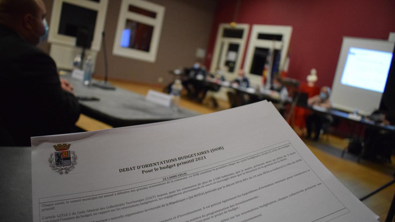 Le débat d'orientation budgétaire s'est résumé en 25 pages, par l'adjointe aux finances, Françoise Follet.