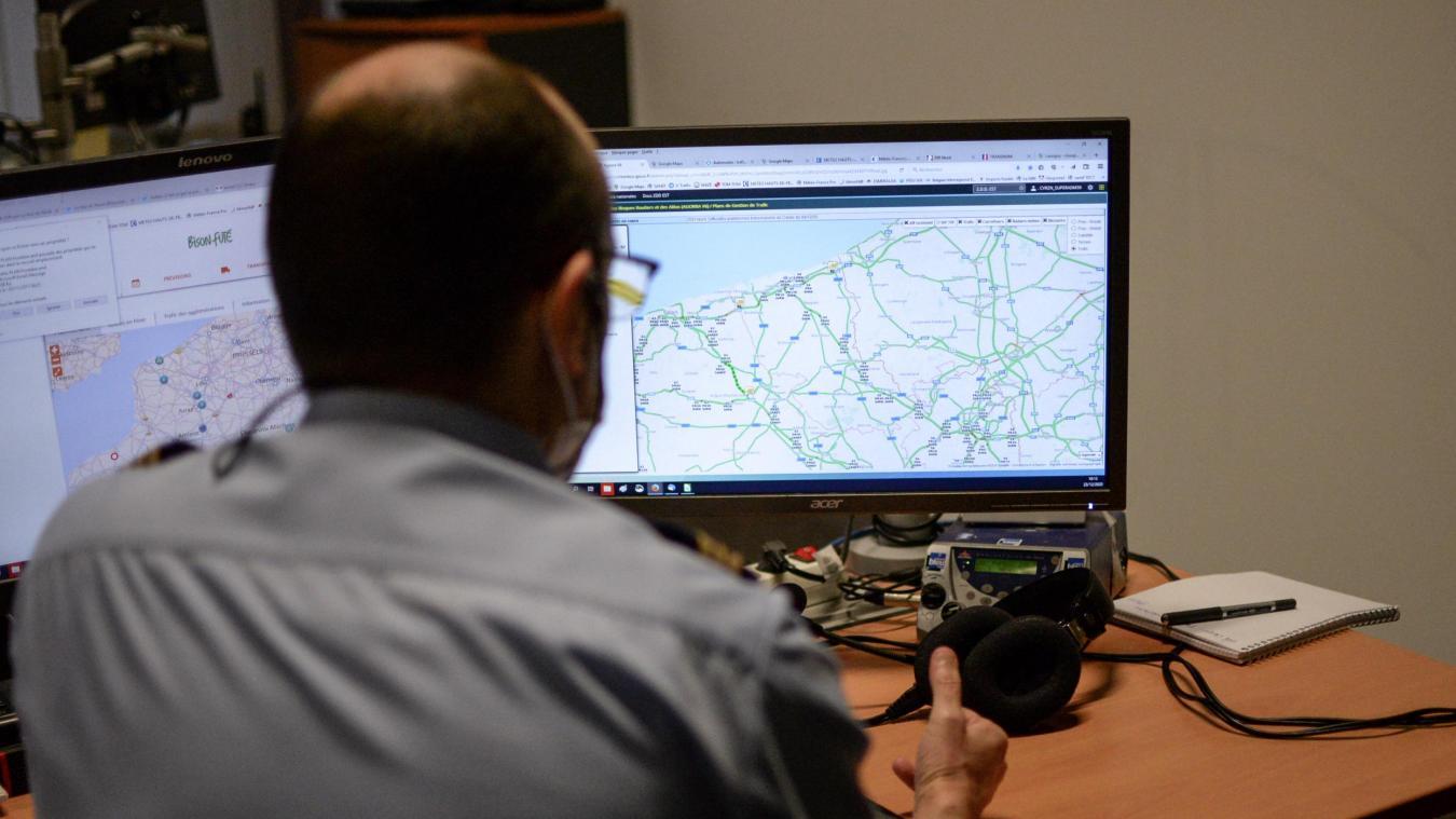 Au sein de la cellule de vigilance routière, le réseau est constamment scruté.