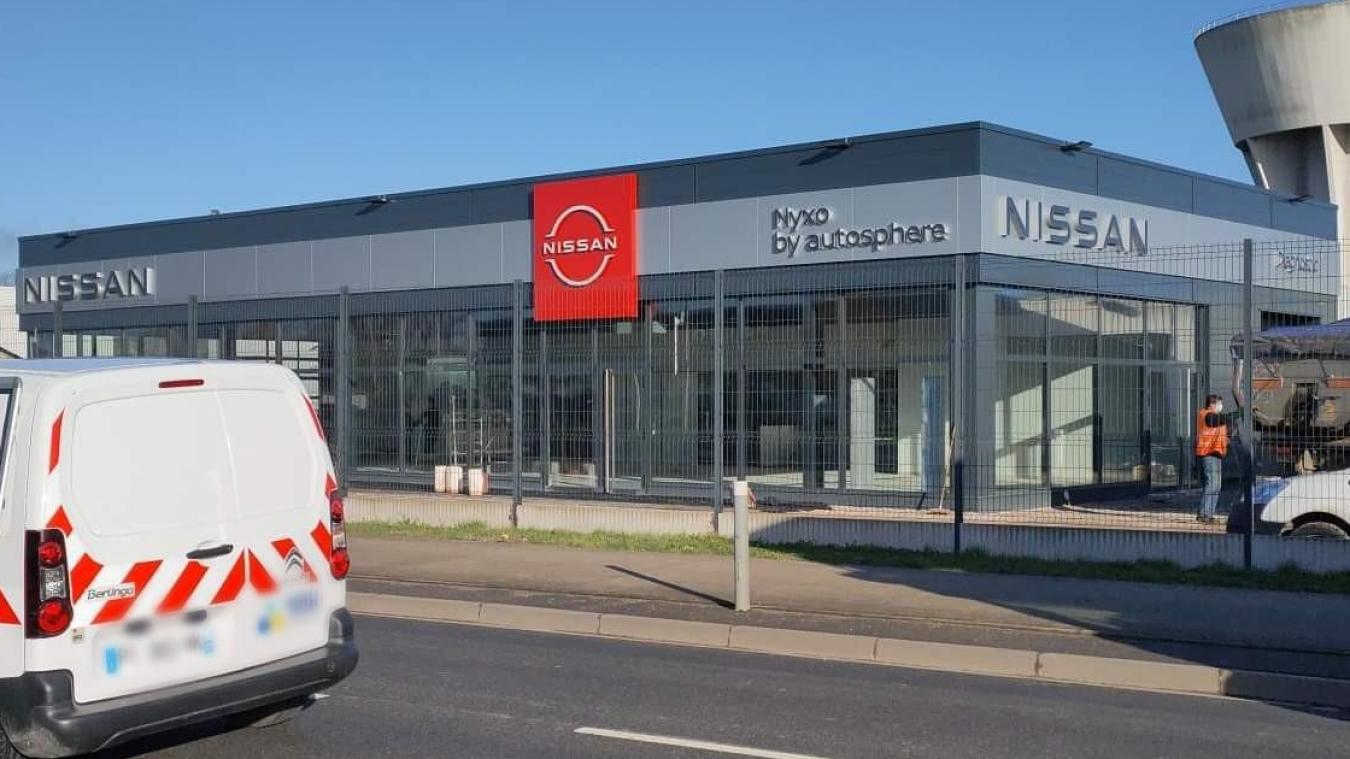 La concession Nissan Dunkerque fait partie du groupe Émile-Frey qui possède plus de 250 concessions en France.
