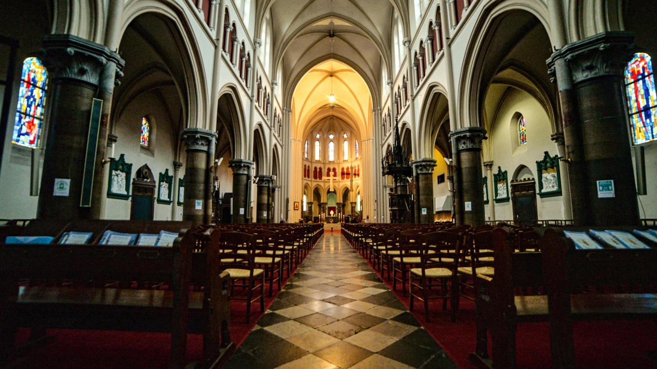 Le Jour du Seigneur sera diffusé depuis l'église Saint-Pierre. Mais l'abbé Poidevin ne prononcera pas l'homélie, il s'agira d'un prédicateur de l'émission. © ManonCruz