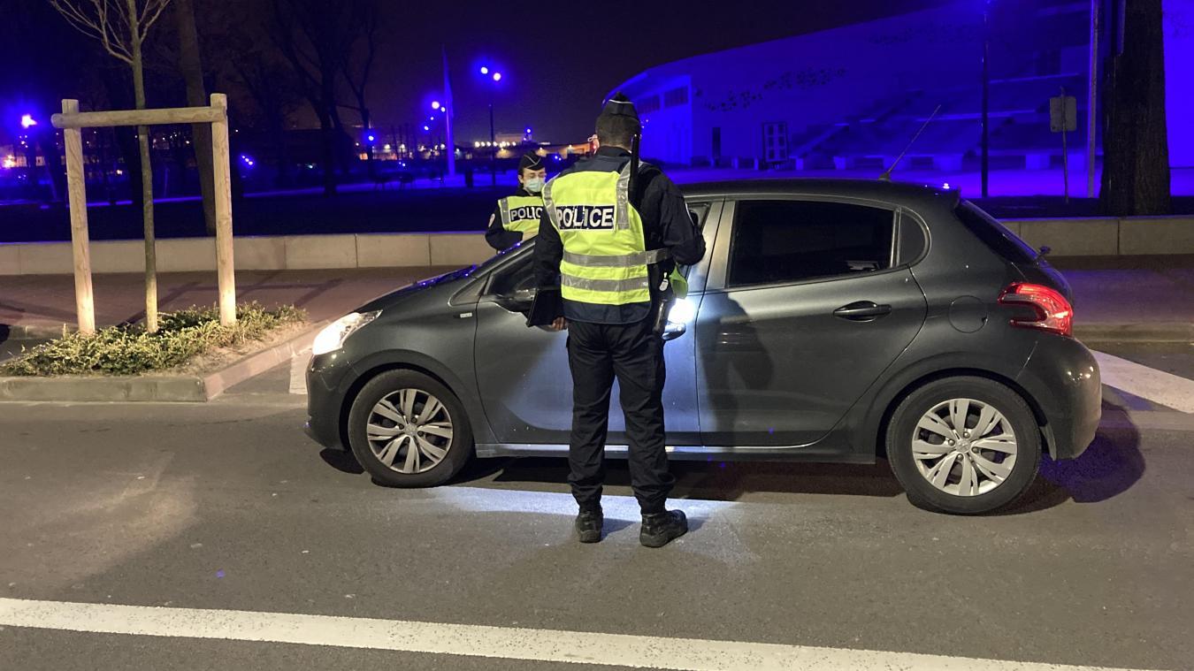 Aux abords de Nausicaa, les policiers ont procédé à de nombreux contrôles routiers.