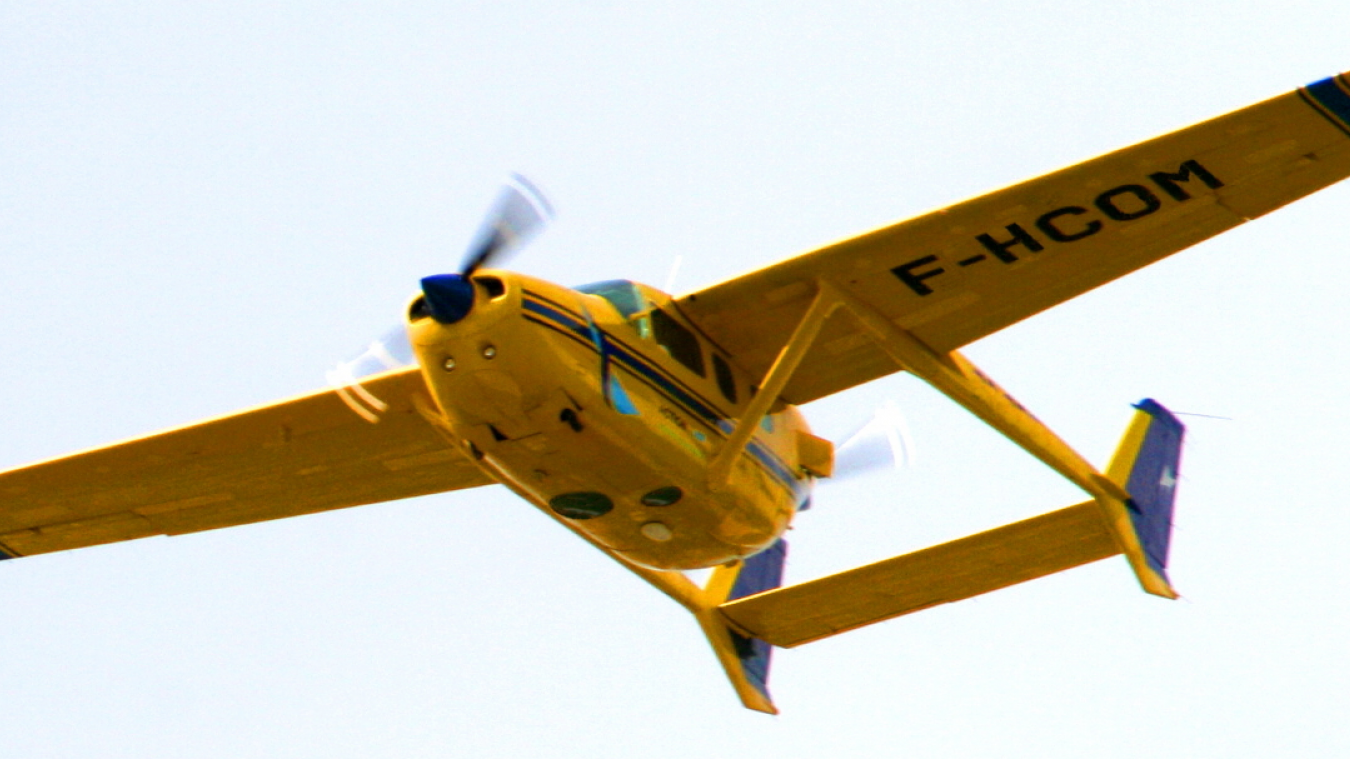 Les avions sont dotés de capteurs à infrarouges.