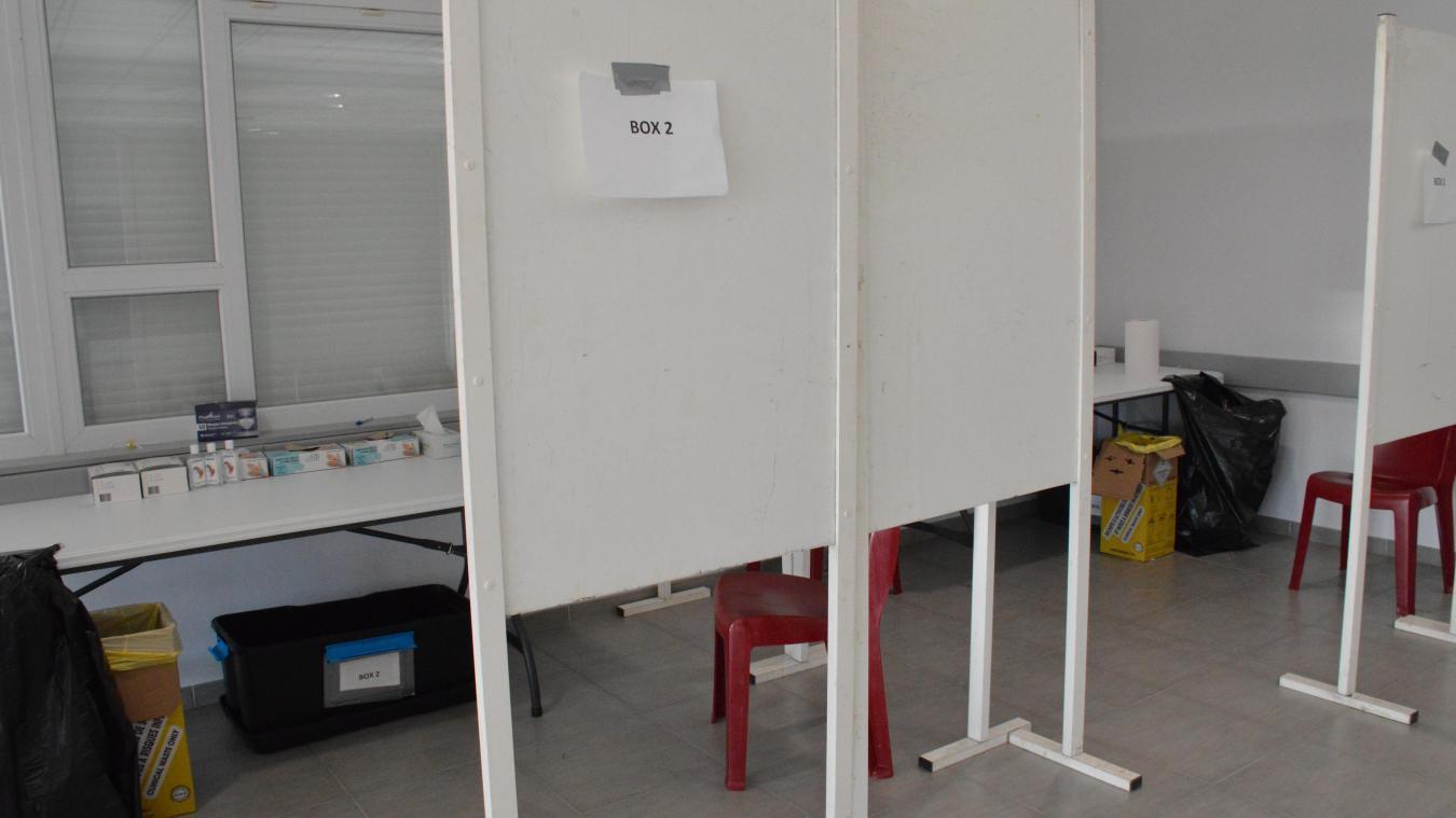 Les tests s'effectuent dans des boxs installés dans l'espace Desmidt.