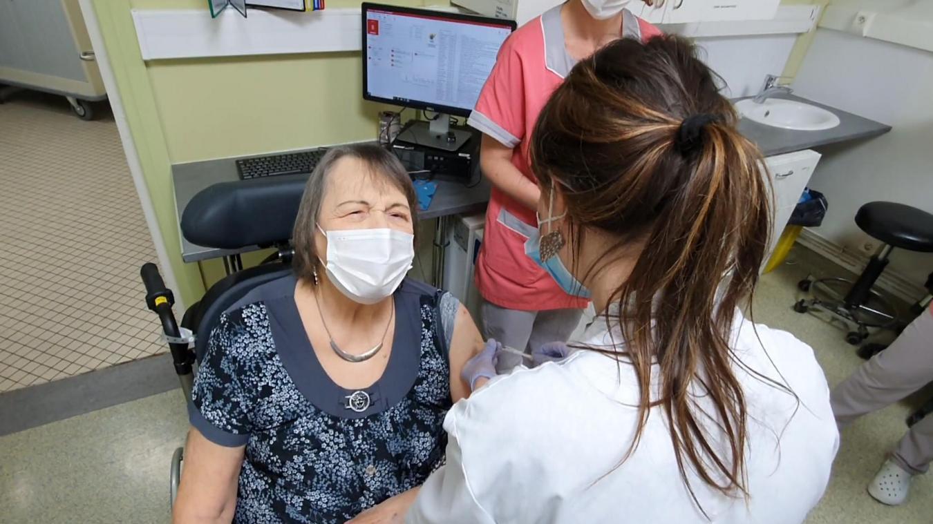 Lens: La halle Bertinchamps peut vacciner 1800 personnes dès ce samedi