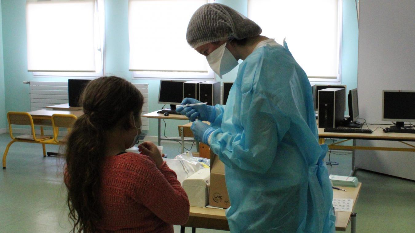 Une salle de l'école Saint-Exupéry a été dédiée au dépistage.