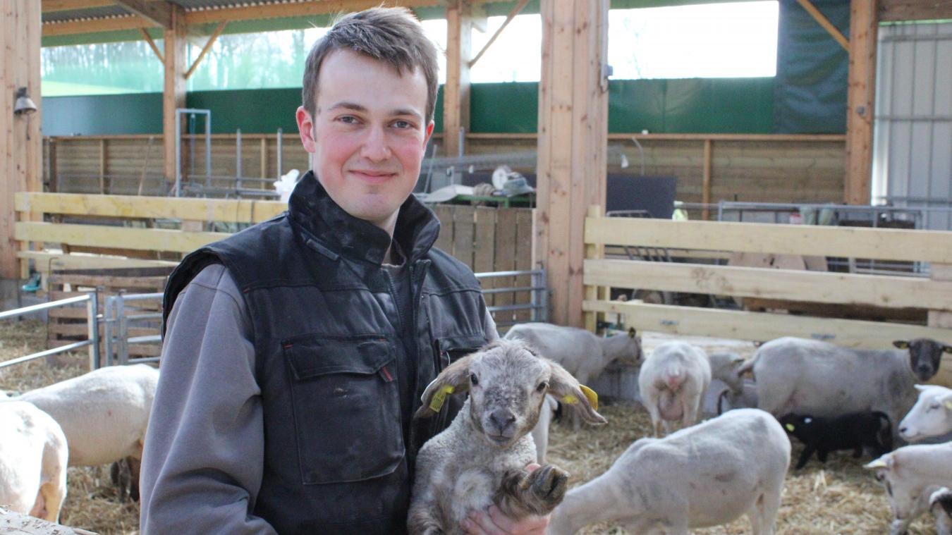 François Bouclet à construit sa bergerie il y a quelques mois.