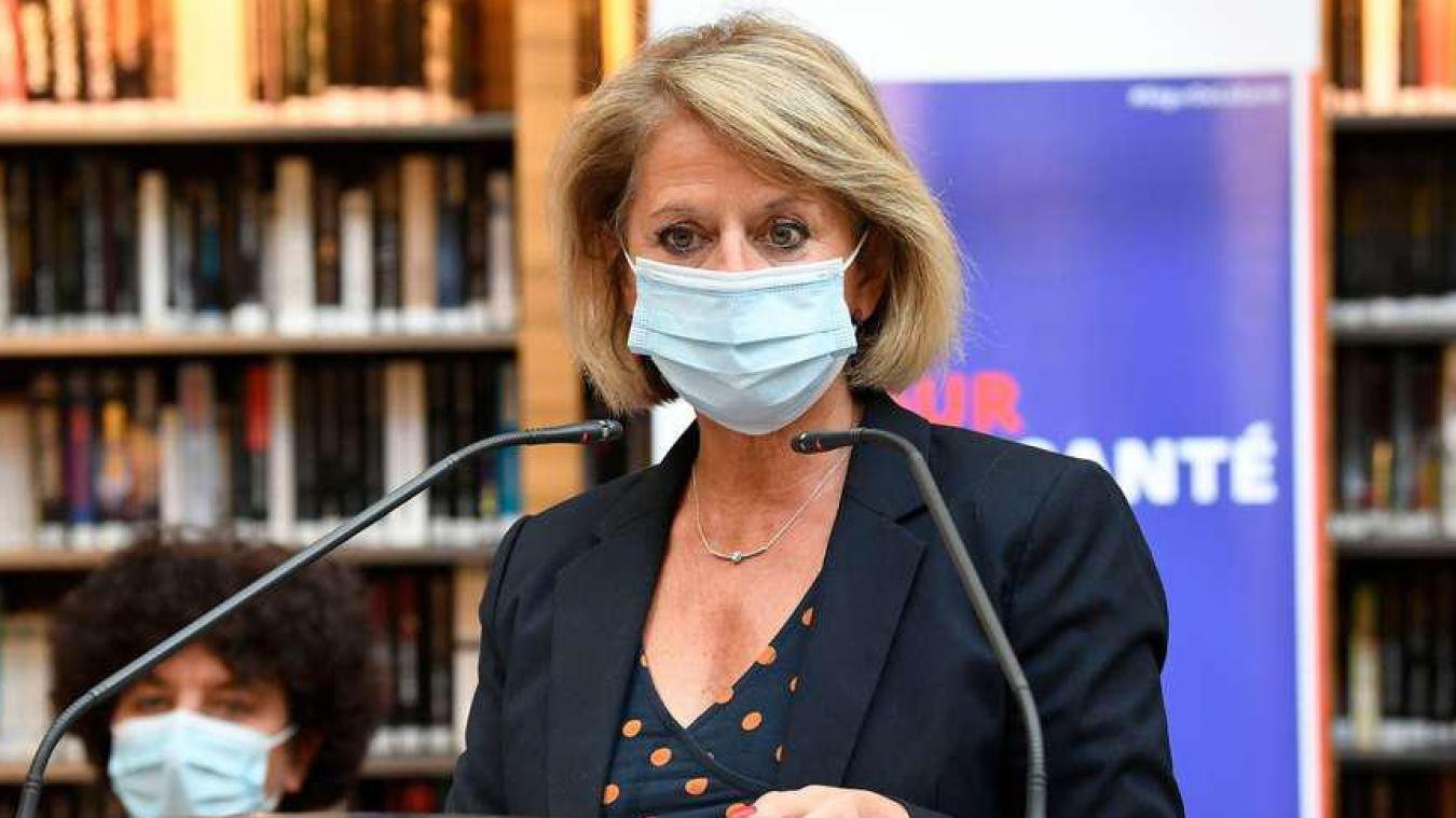 Calaisis : Brigitte Bourguignon dans le collimateur du PS et de LR