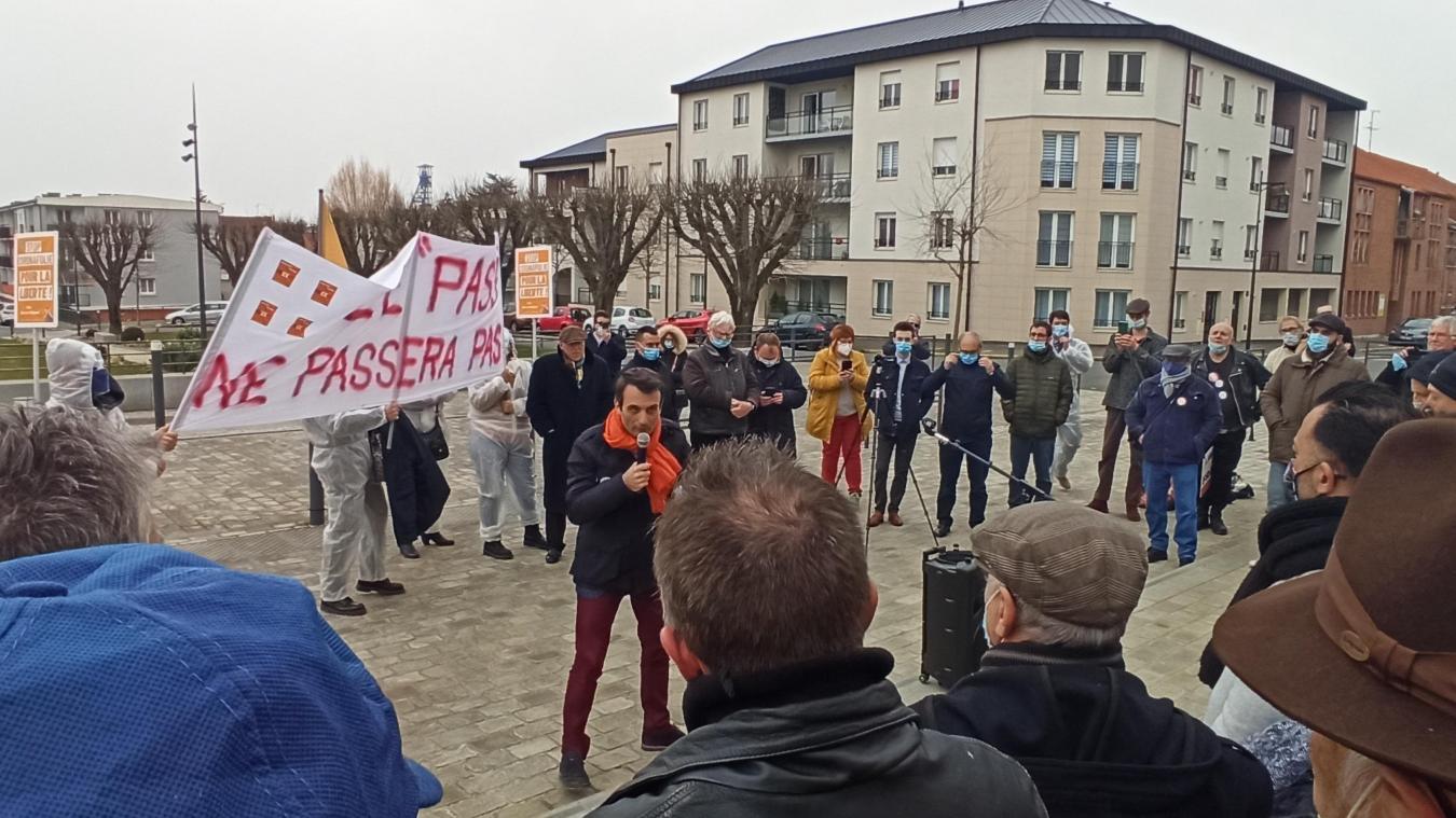 Liévin : opposé au confinement, Florian Philippot (Les Patriotes) affirme : «Nous ne sommes pas des zombies»
