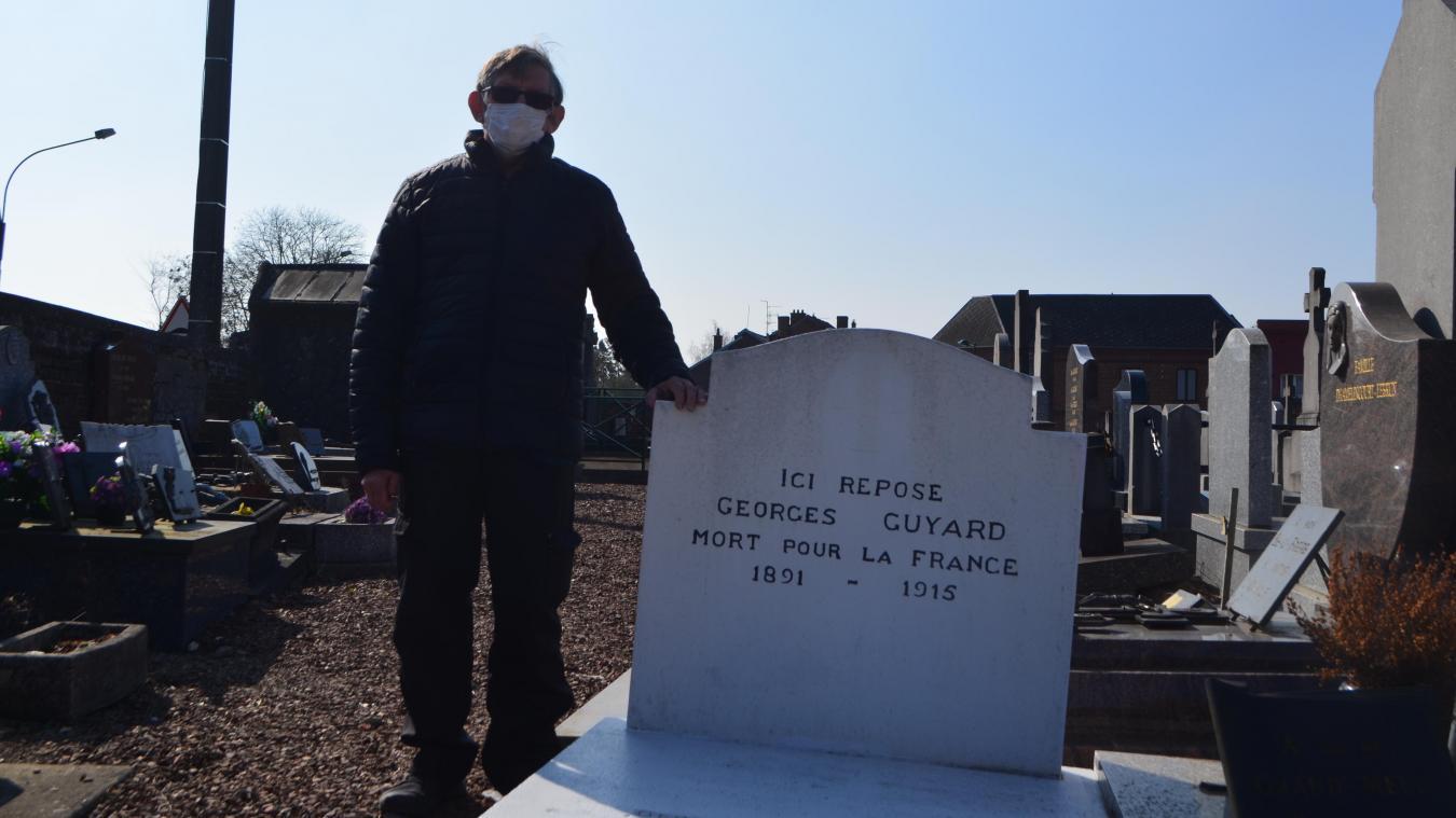 Jean-Marie Cathelain a pu réhabiliter la tombe du militaire Georges Guyard, décédé lors de la Première Guerre mondiale à Achicourt.