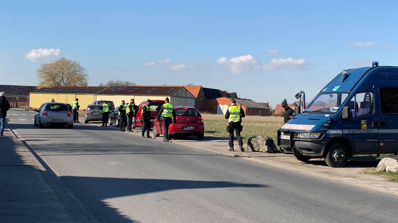 Cernée par les zones de restriction, la Flandre sous surveillance des gendarmes