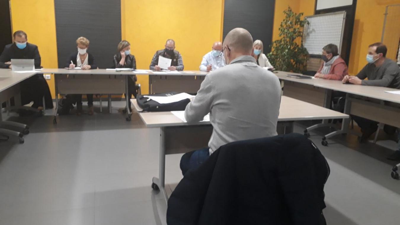 Les élus ont voté une demande de subvention pour la rénovation énergétique de l'école primaire.