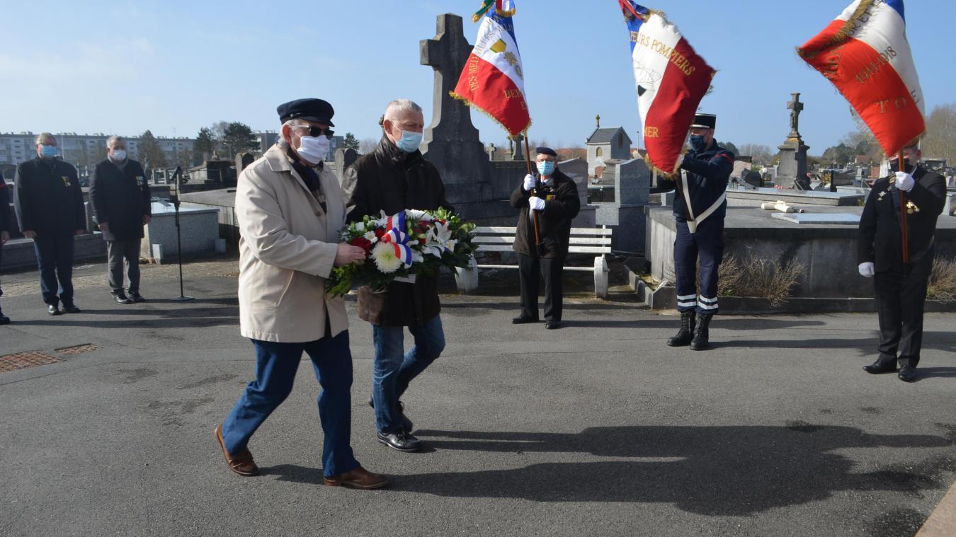 Une cérémonie en hommage aux victimes du terrorisme.