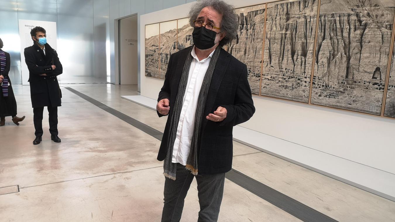 Le plasticien Pascal Convert au Louvre-Lens jeudi 11 mars 2021.
