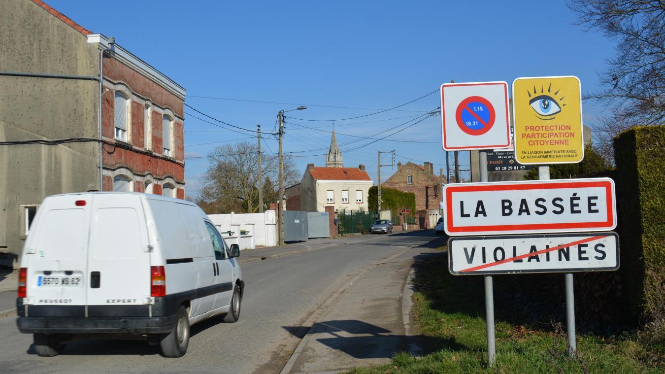 Violaines, confinée, est limitrophe de la ville de La Basée, située dans le Nord et donc non confinée.