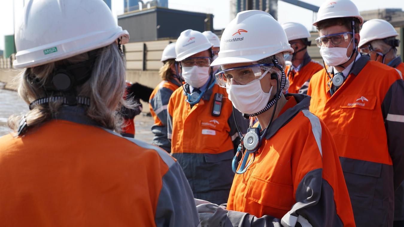 Pour ArcelorMittal, « être une femme dans l'industrie sidérurgique ne doit plus constituer une exception ».