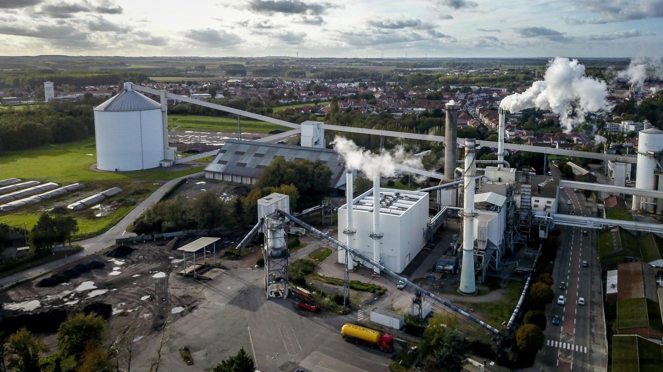 Une vue aérienne de la sucrerie Tereos de Lillers avec ses deux nouvelles chaudières gaz. © Michel Blossier pour Tereos