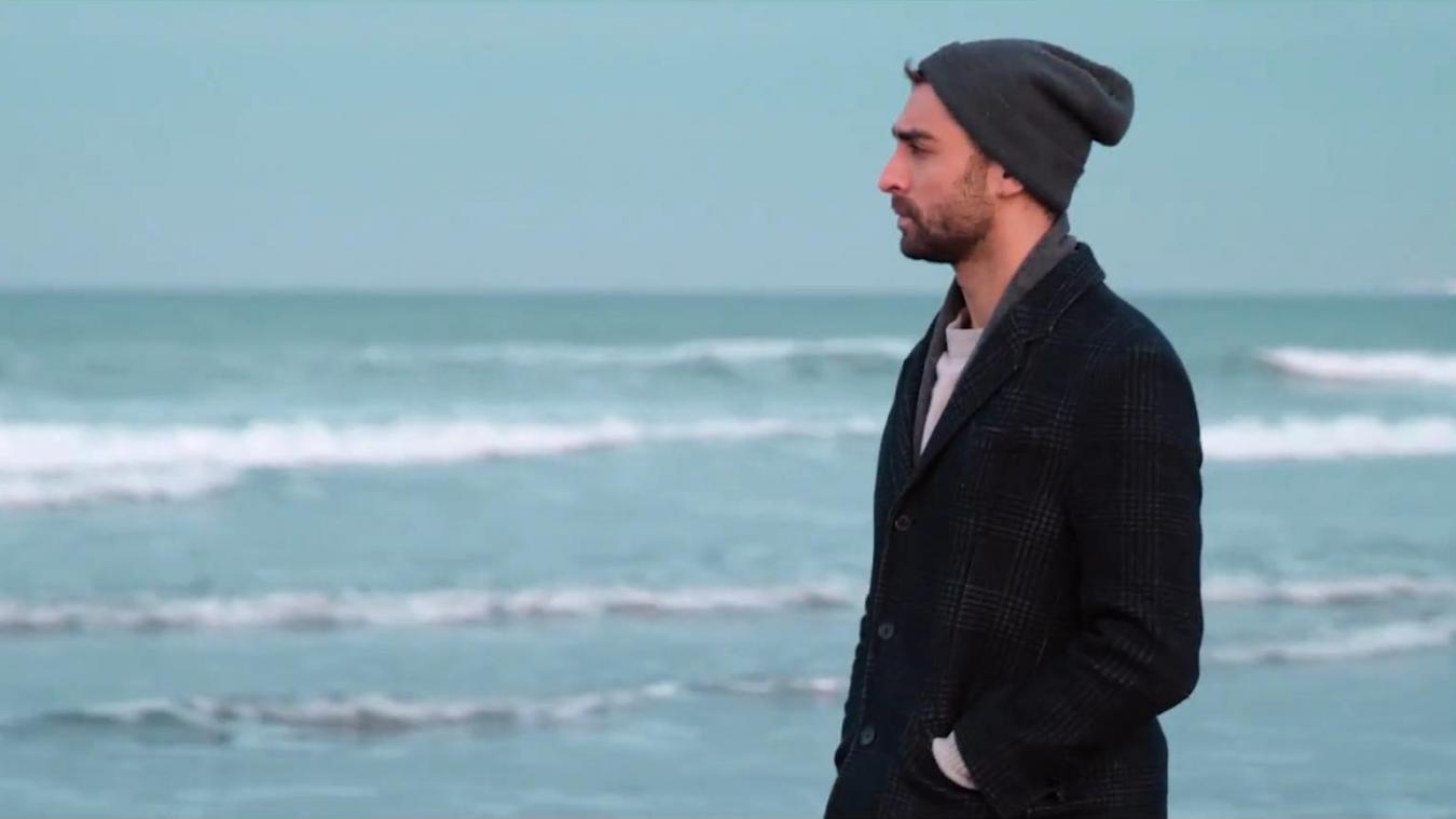 Photo issue du clip, tourné entre l'Hoverport et les dunes de la Slack.