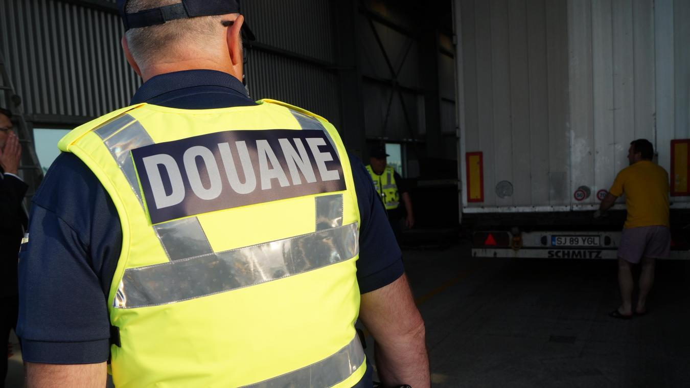 Plusieurs kilos de drogue ont été retrouvés vendredi par les douaniers de Dunkerque. illustration