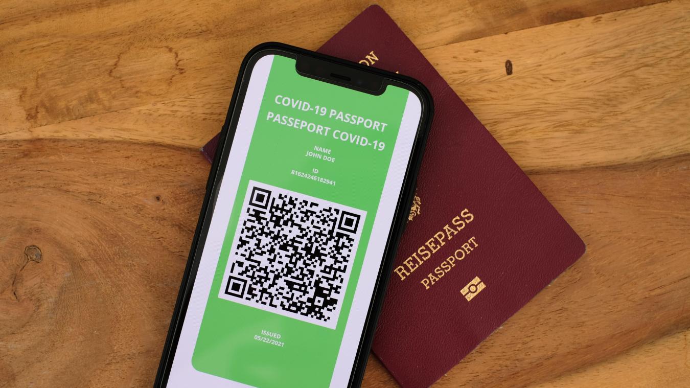 On se pose des questions sur le passeport vaccinal présenté par Bruxelles. Éléments de réponse